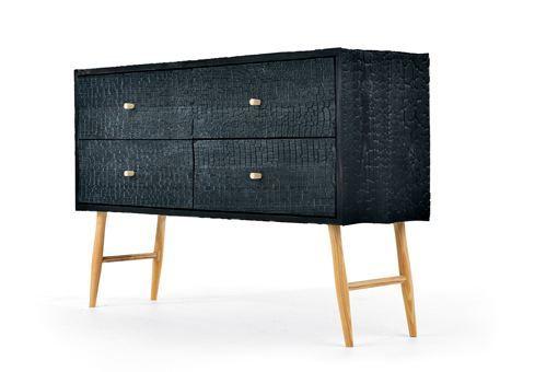 consola-de-madera-carbonizada